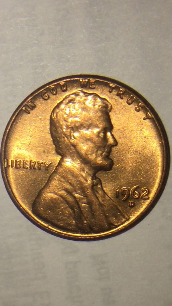1962-D PENNY CONDITION, COLOR VERY GOOD for Sale in Hartford, CT - OfferUp