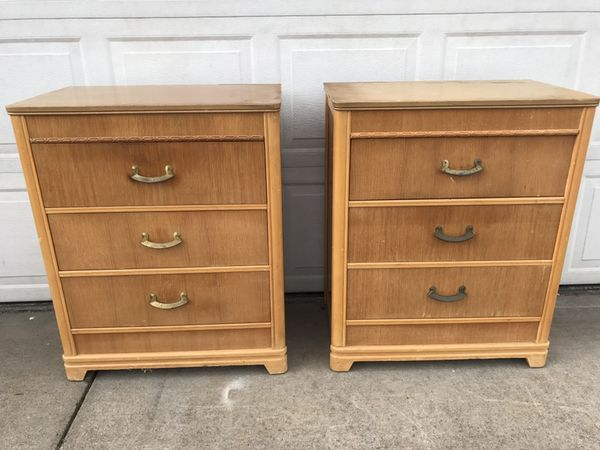 Fs Harmon Mfg Co Solid Wood Matching Dressers Nightstands