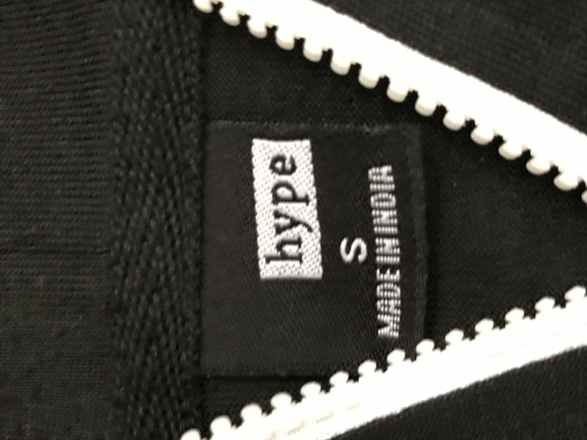 3 Hype (small) sweaters (1 zip up)