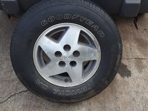 Goodyear tire and rim for Sale in Ennis, TX
