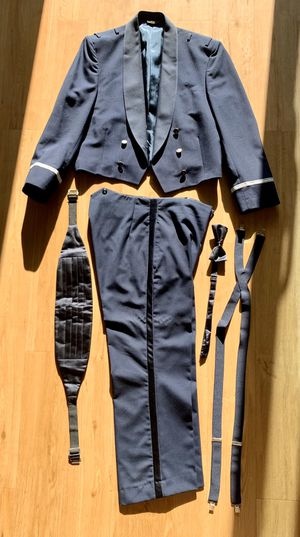 Photo Air Force mess dress, size in pictures, sold as a set
