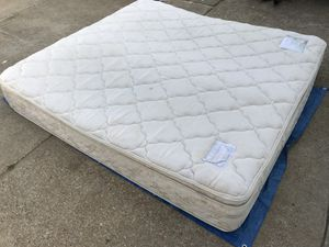 King Size Pillow Top Mattress For In Bowling Green Ky
