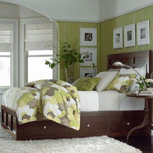 Bassett Furniture Redin Park Queen Bed Frame and Dresser for Sale in Vienna, VA