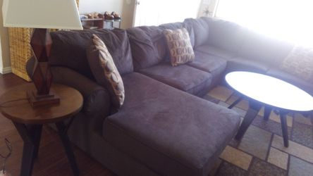 Sectional couch Thumbnail
