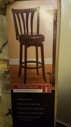 Bar stool. Nueva en su caja for Sale in Miami Gardens, FL
