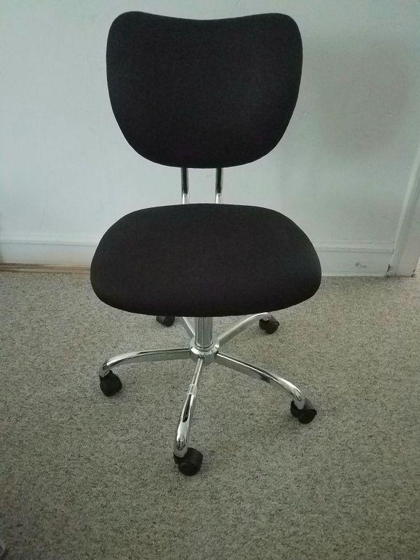 Jancy Mesh Low Back Chair