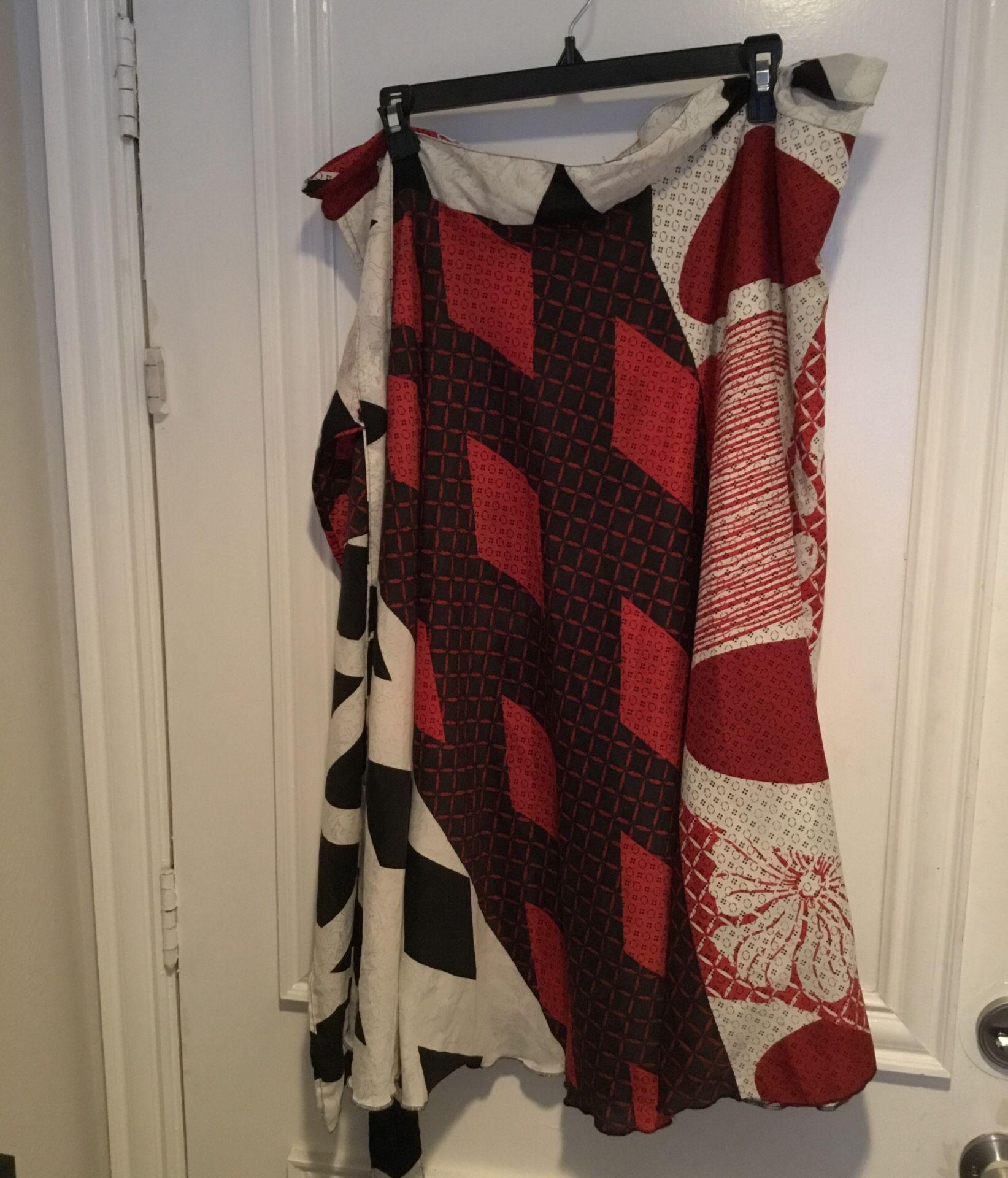 Jovani Designs Printed Wrap Skirt (Size M)