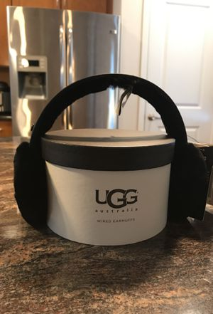 UGG Wired Earmuffs for Sale in Des Moines, WA