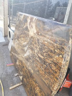 Granite island . 72x52 ogge edge and bullnose. (6cm) I also have multiple pieces for small bathroom or kitchens for Sale in Aurora, CO