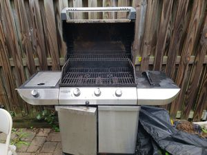 Weber grill for Sale in Oakton, VA