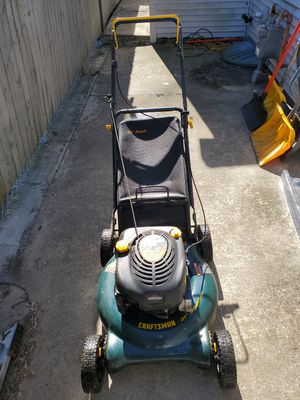Photo 6.5hp/21 craftsman push lawnmower with bagger