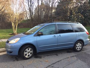 2005 Toyota Sienna LE for Sale in Fairfax, VA