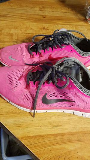 0d7fcc8c1a833 Nike Size 8 Running Shoe for Sale in Auburn