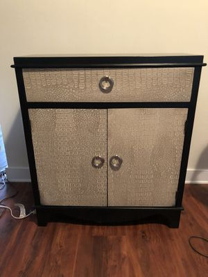 Cabinet for Sale in White Plains, MD