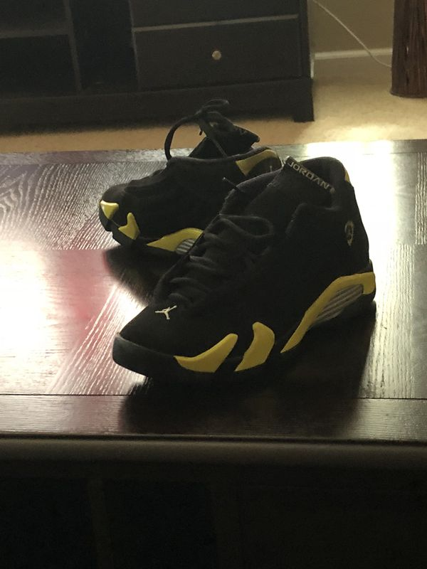 0a6585105f7272 Black and yellow 14s for Sale in Elk Grove