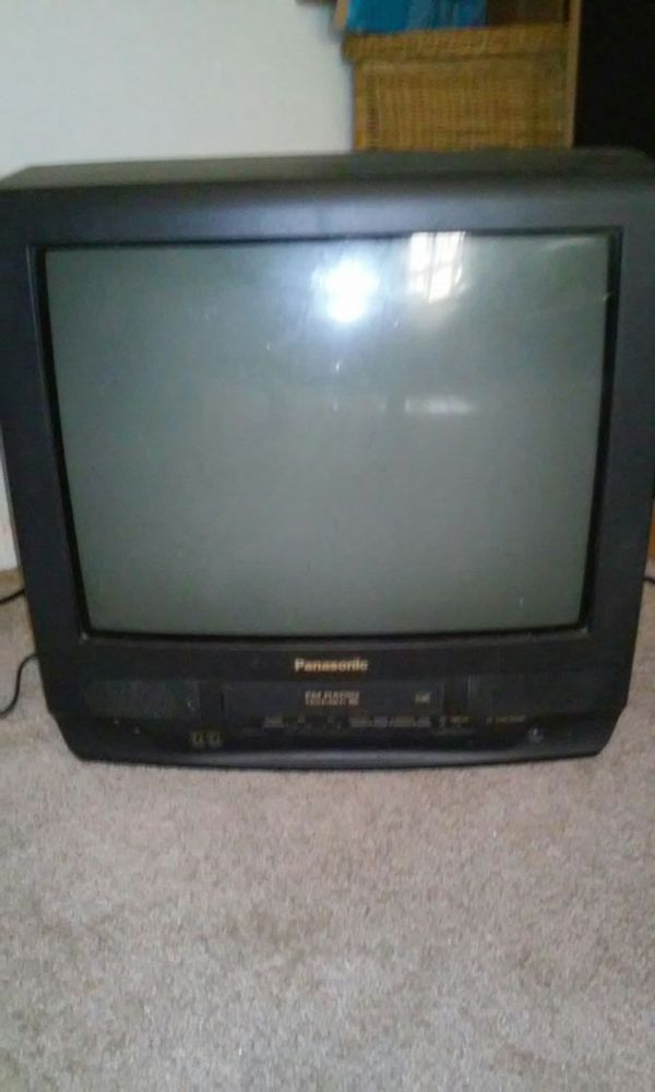 19 Inch Tv Vhs Vcr For Sale In Dunnellon Fl Offerup