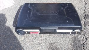 Photo 2 burner camping coleman grille. Propane used