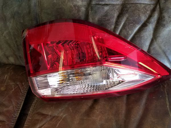 2017 2018 Toyota Corolla Tail Light Oem Driver Side Good Condition Tex Me For Information I