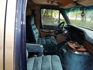 DODGE B250 VAN for Sale in Mount Rainier, MD