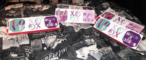 Wall Canvases (Hugs & Kisses, Xoxo, Love) $5.00 EACH for Sale in Philadelphia, PA