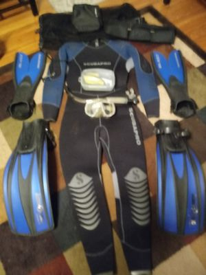 Scuba suit and equipment size xl -- priced too cheap! for Sale in Nashville, TN