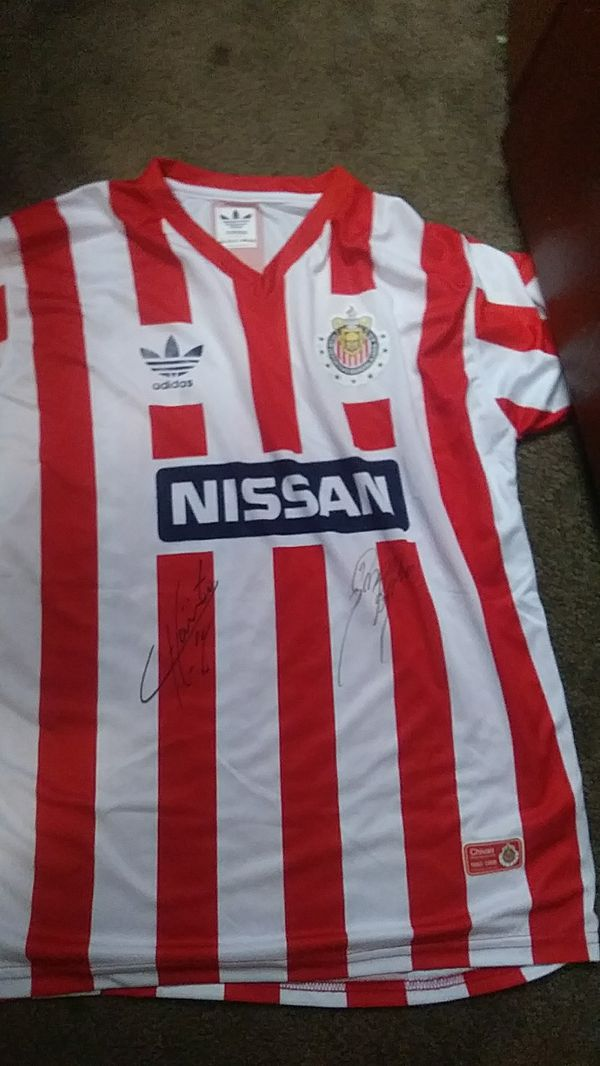 wholesale dealer 637d7 74b64 Retro chivas jersey signed by chicharito and omar bravo for Sale in  Huntington Park, CA - OfferUp