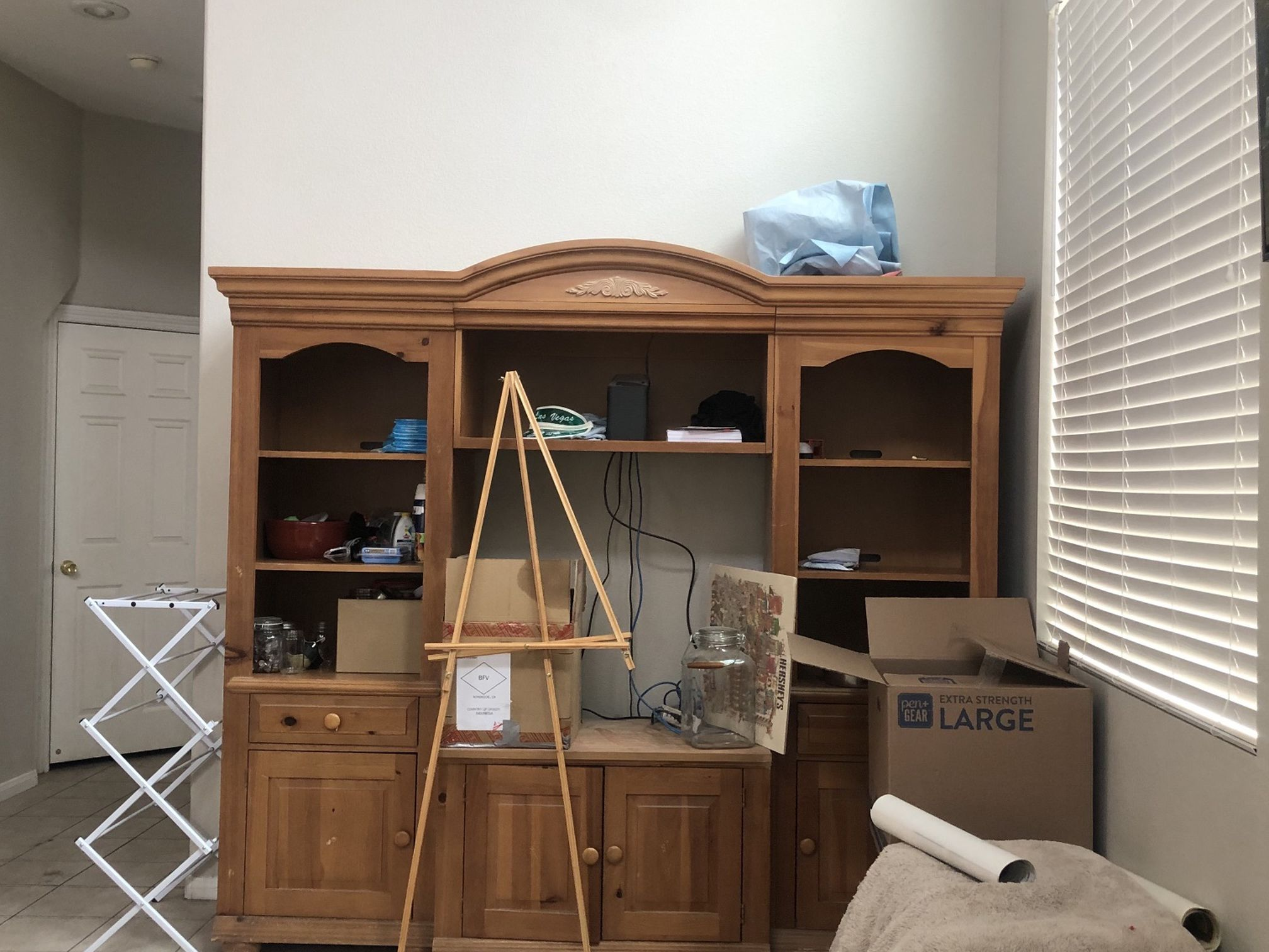 TV Cabinet - Free