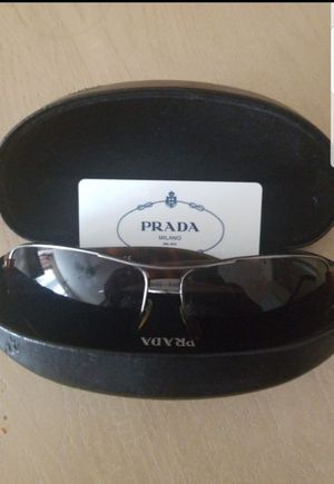 Prada sunglasses for Sale in Henderson, NV
