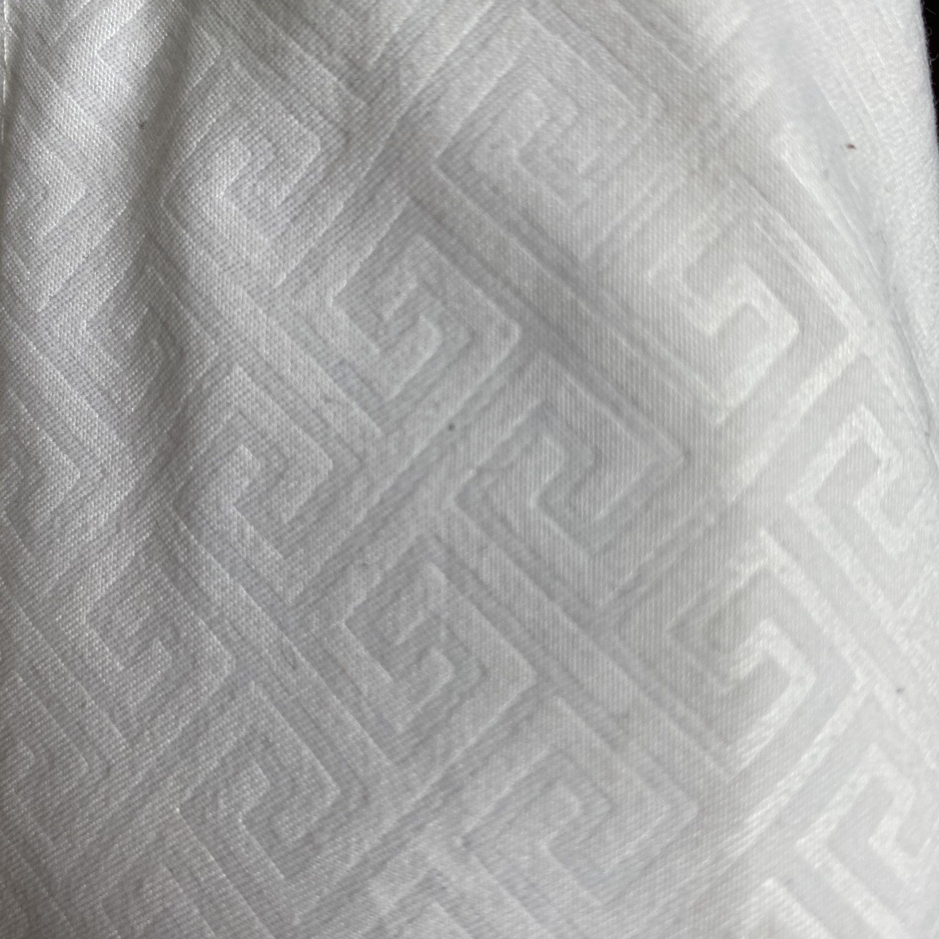 Twin xl white sheet