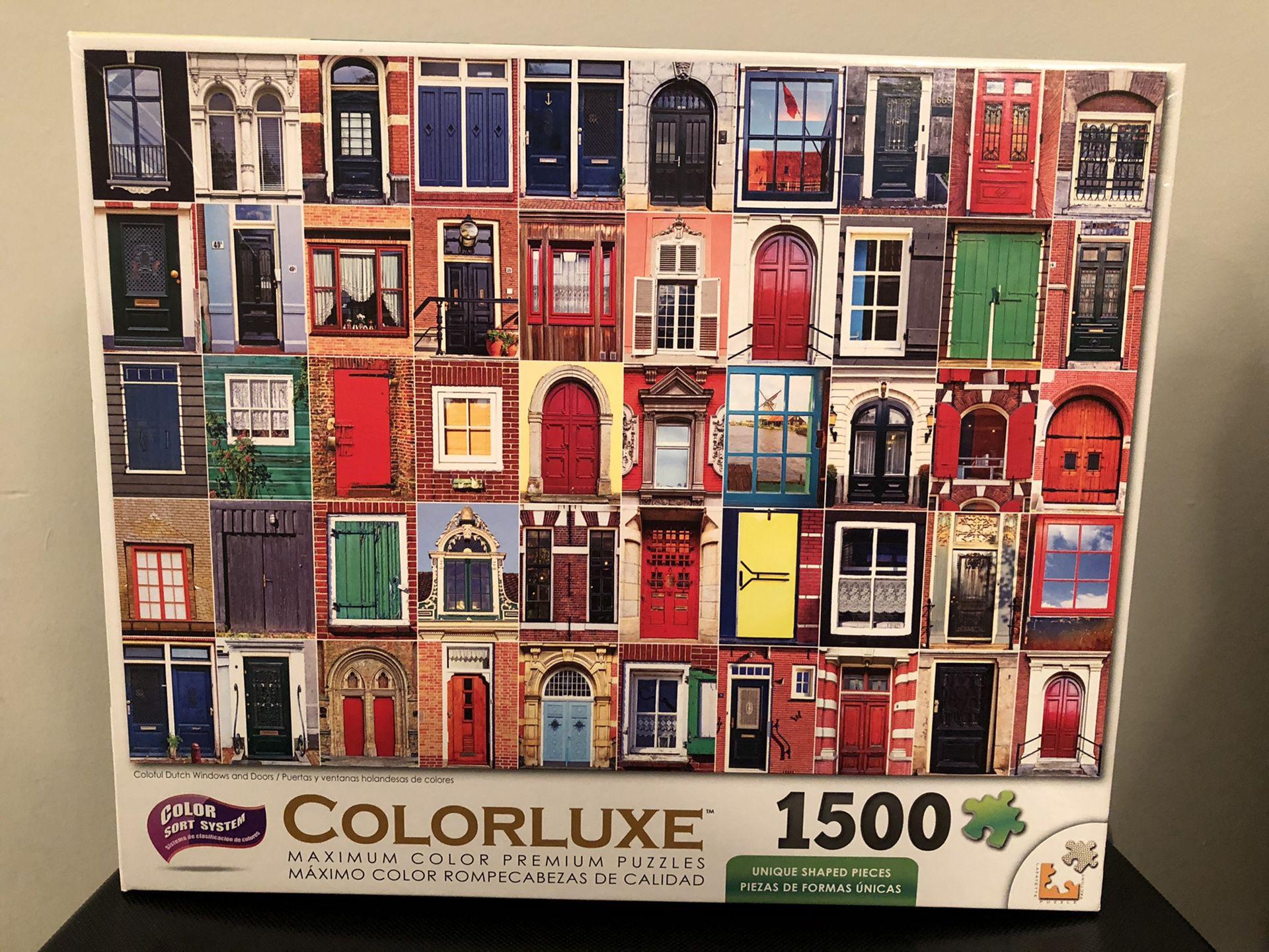 Colorluxe 1500 Piece Puzzle - 32 Doors