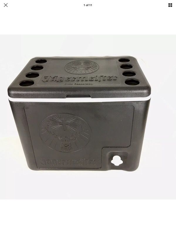 Jagermeister Party Cooler Ice Cold Shots Chest 6 Bottles Tap