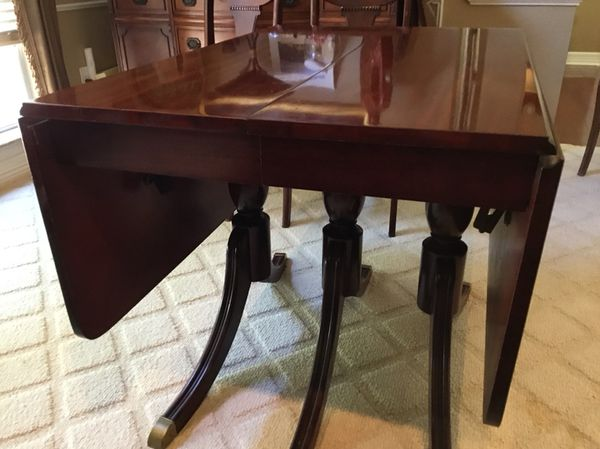 a96c751dc172 Duncan Phyfe Mahogany Drop Leaf Dining Table for Sale in Round Rock ...