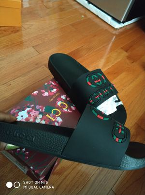 Gucci slipper sizes 10 for Sale in Gaithersburg, MD