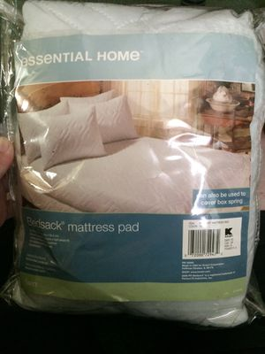 Twin size mattress cover for Sale in Muncie, IN
