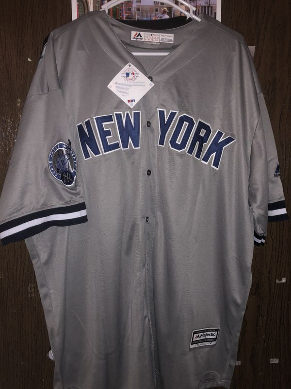 Derek Jeter New York Yankees Jersey Size XXL New With Tags With Captain  Patch for Sale in Vancouver c06b1b80655