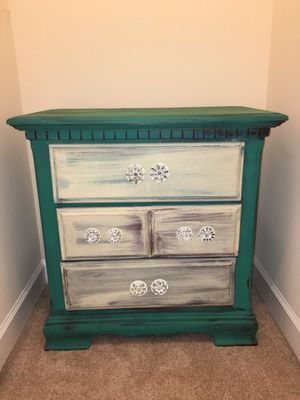Nightstand / dresser for Sale in Charlottesville, VA