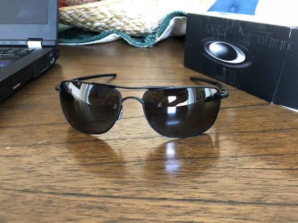 562594fffb Oakley Gauge 8 Matte black w  PRIZM sunglasses for Sale in Miami