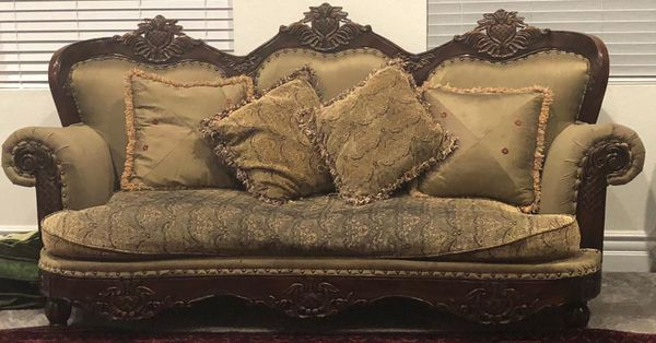 Italian sofa set (5 pc) Used for Sale in Hayward, CA - OfferUp