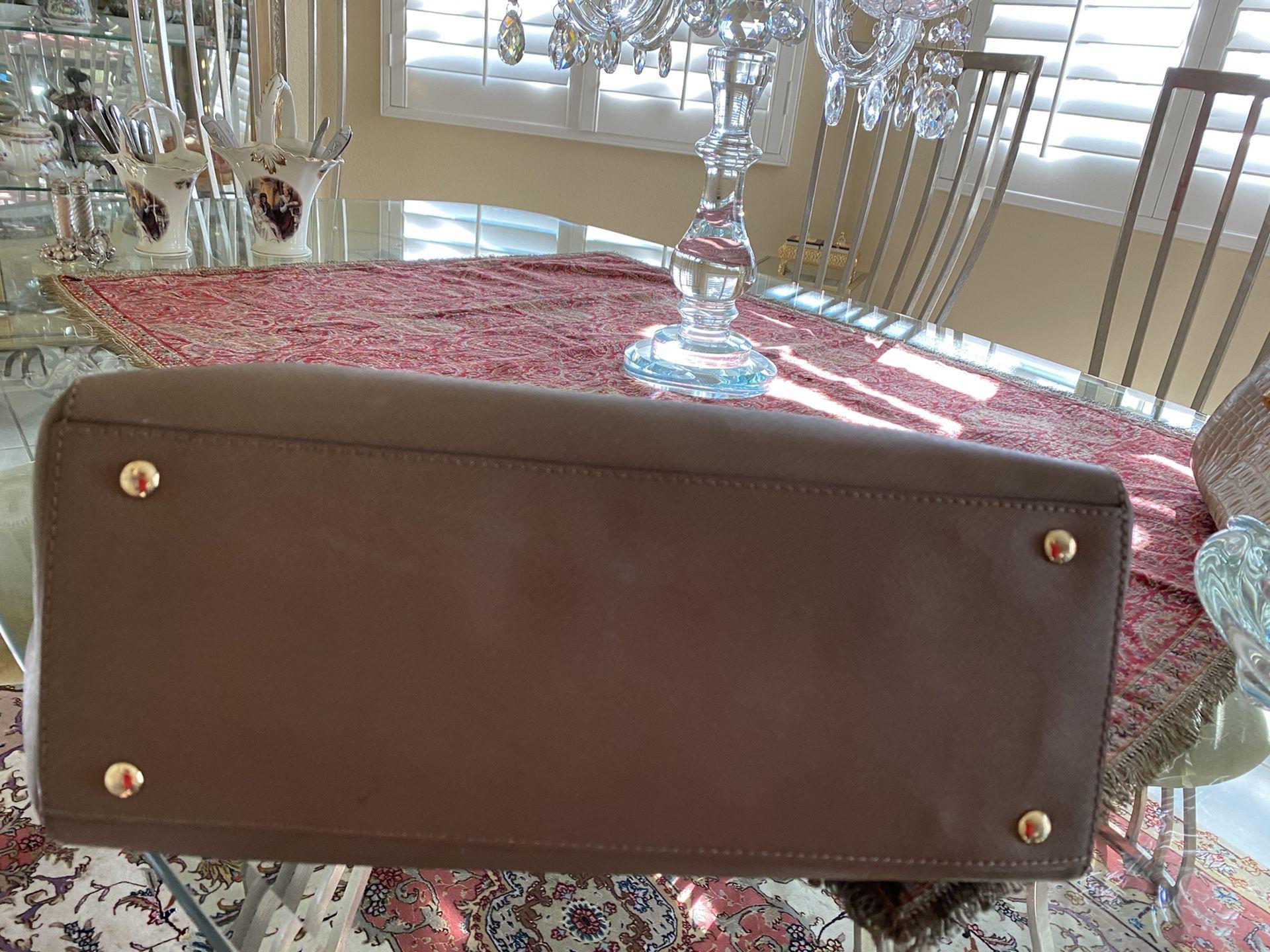 MK,looks like a new purse