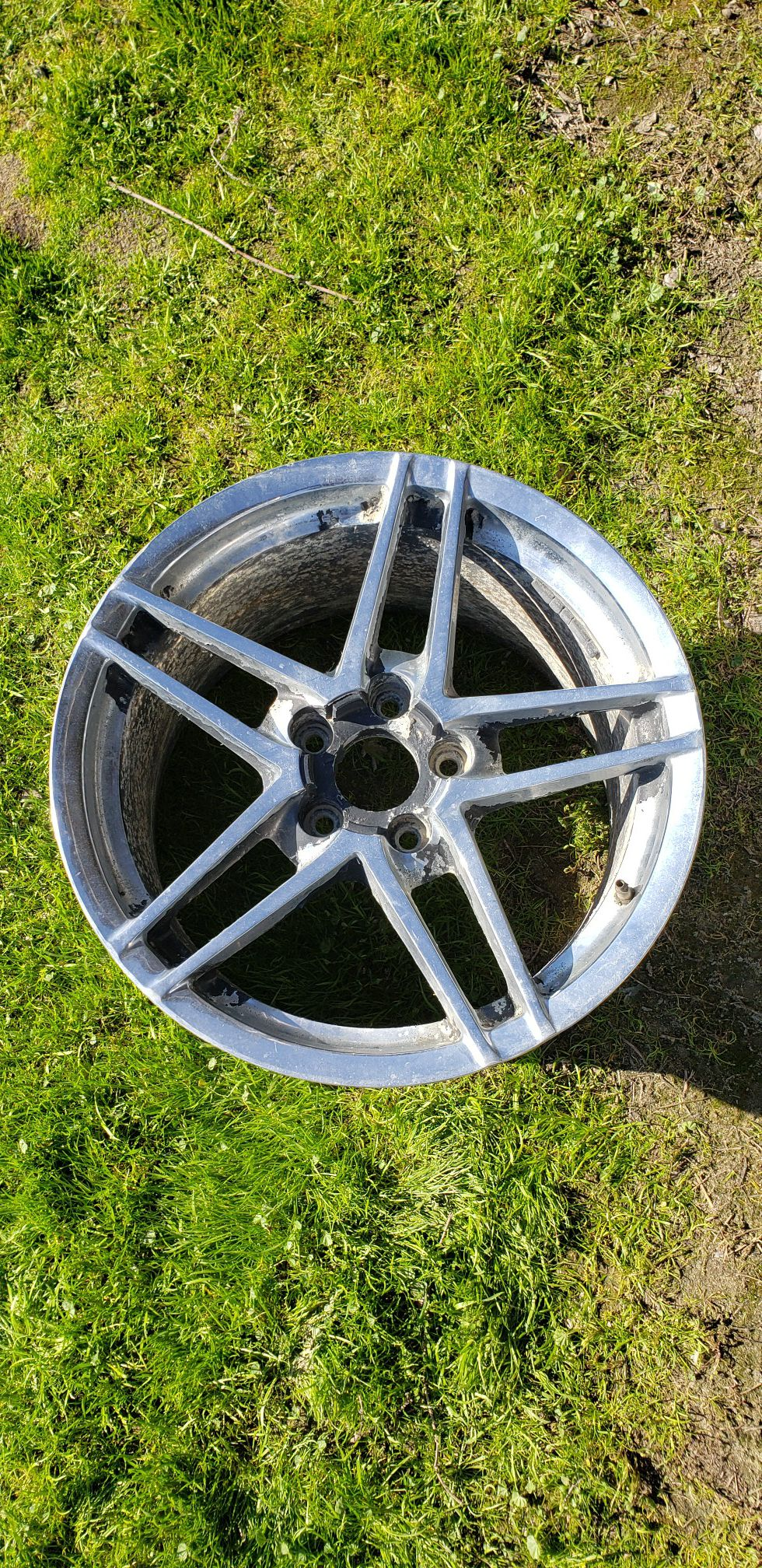18×11in concave C6 Z06 wheels