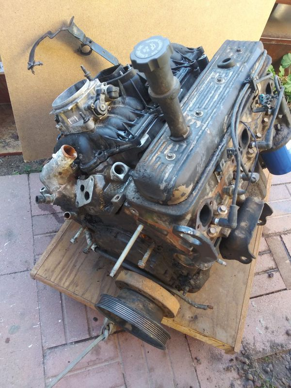 305 Chevrolet Small Block Engine Asking 450 Obo For Sale In Chandler Az Offerup