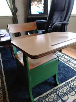 Vintage antique school desk for Sale in Columbus, OH