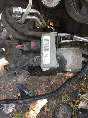 2013-2018 Dodge Durango and Jeep Grand Cherokee electric power steering pump for Sale in Houston, TX