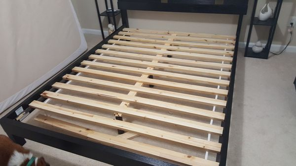 Rooms To Go Queen Bed Frame For Sale In Jacksonville Fl Offerup