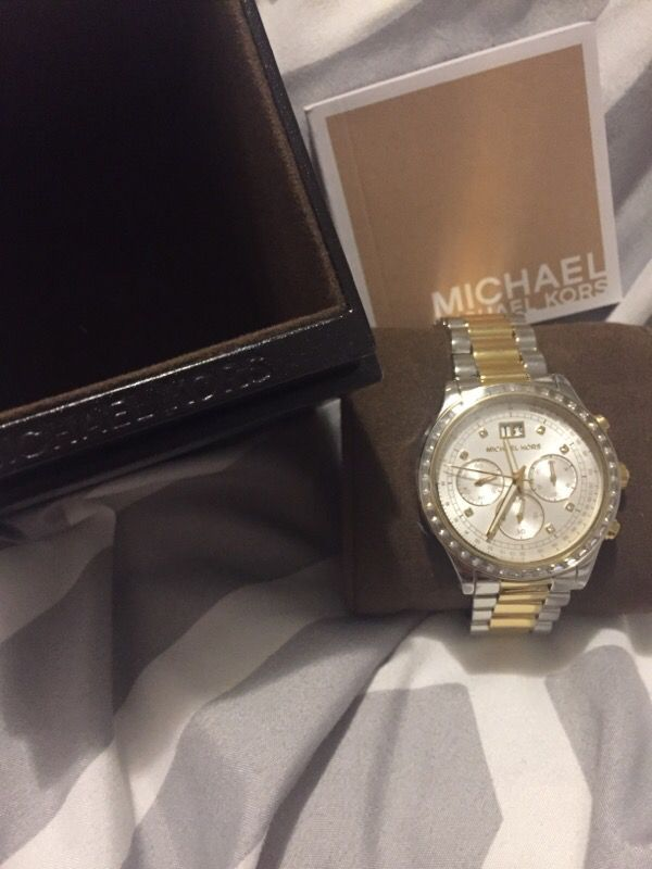 Never worn Michael Kors watch