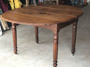 Antique drop leaf table for Sale in Frederick, MD