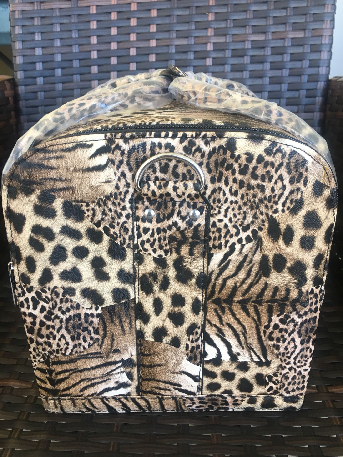 Aluminum Case with Leopard Print