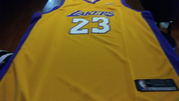 166dd07058d1 LeBron James Lakers jersey 3X for Sale in South Gate