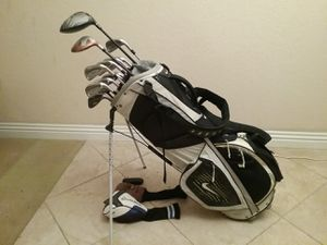 Complete set of Golf Clubs with Bag for Sale in Rossmoor, CA