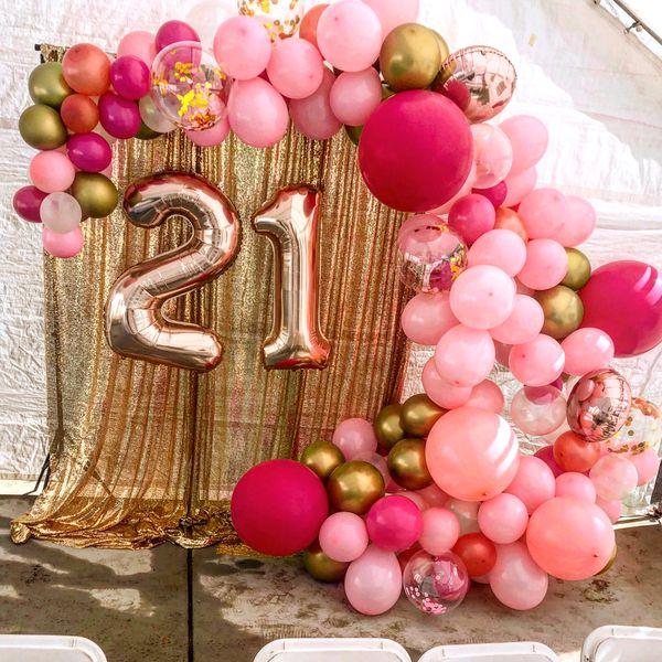 Backdrop N Garland Balloons Set Up